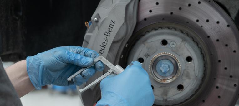 richard-hollings-brake-repairs@2x